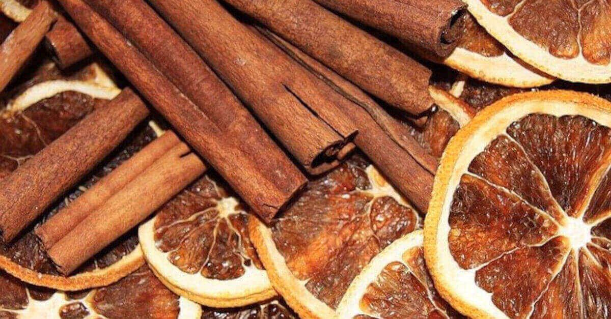 Come preparare il tuo deodorante per ambienti al profumo di arancia e cannella