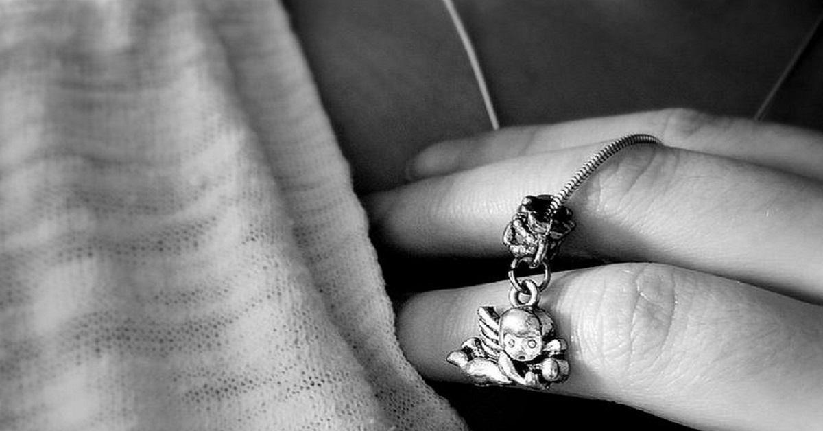 Cosa accade al corpo quando si è allergici ai gioielli