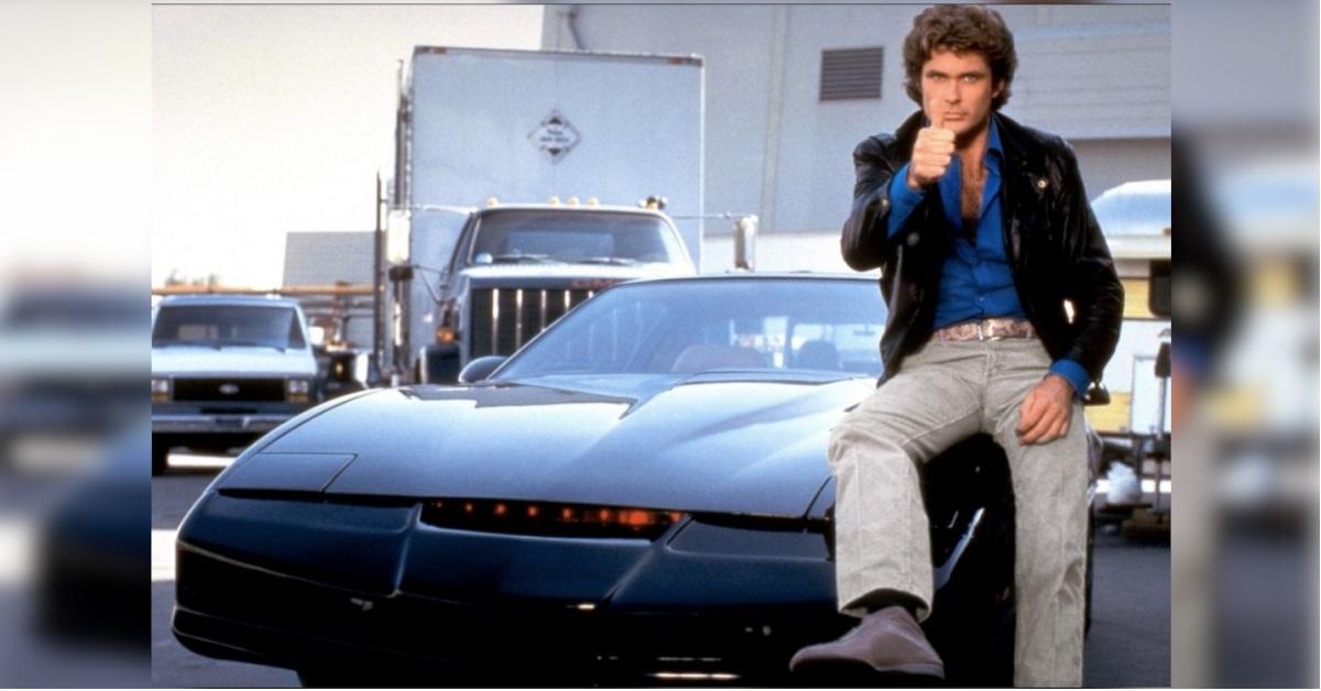 Ricordate Kitt di Supercar? L'attore David Hasselhoff l'ha messa all'asta
