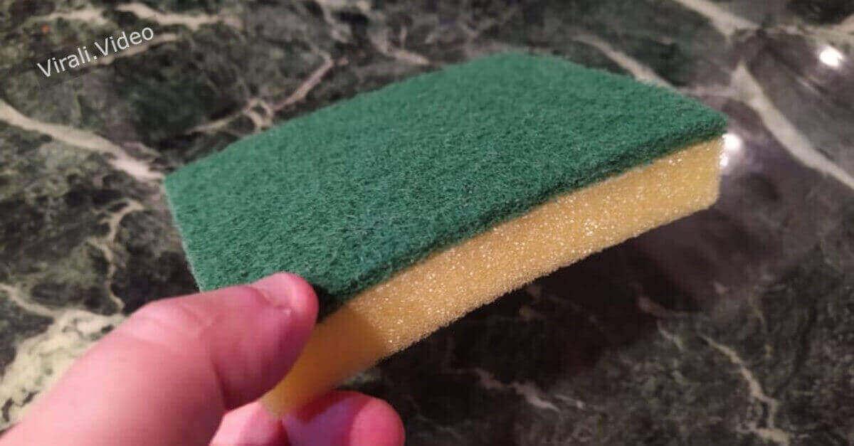 4 metodi naturali per disinfettare le spugne della cucina