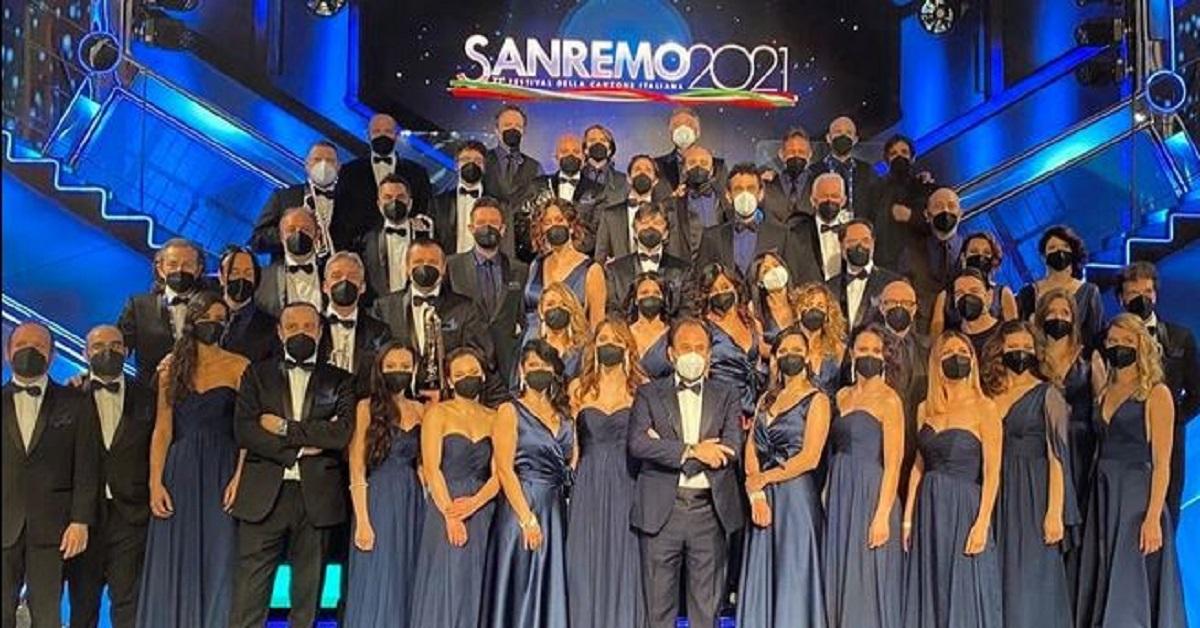 E' un volto molto noto e quest'anno il musicista è tra gli orchestrali di Sanremo? Lo avete riconosciuto?