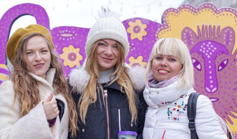 4 segni zodiacali tra le donne che apprezzano l'amicizia perché sono grandi ascoltatrici