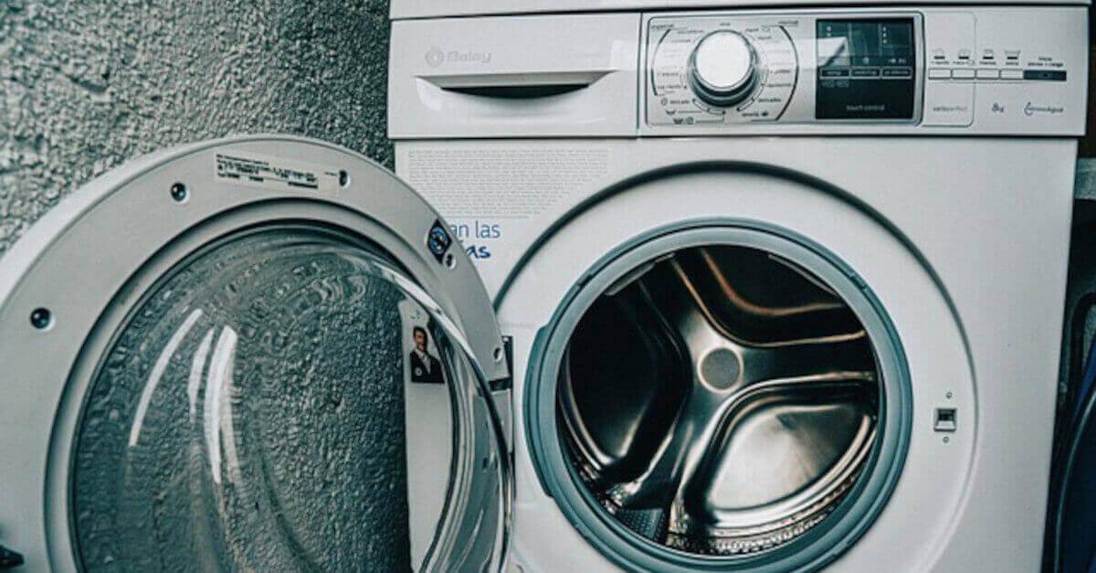 Come risparmiare con qualche consiglio per la lavatrice