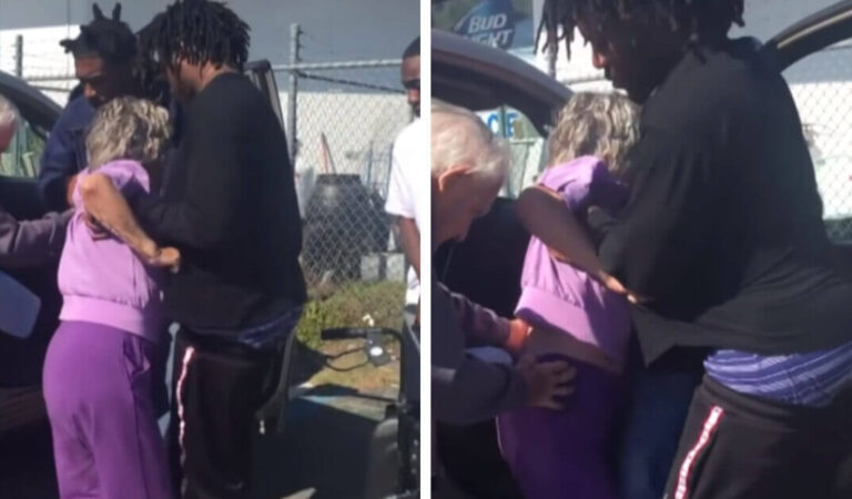 3 giovani uomini si precipitano ad aiutare una coppia di anziani mentre un poliziotto nelle vicinanze guarda la scena