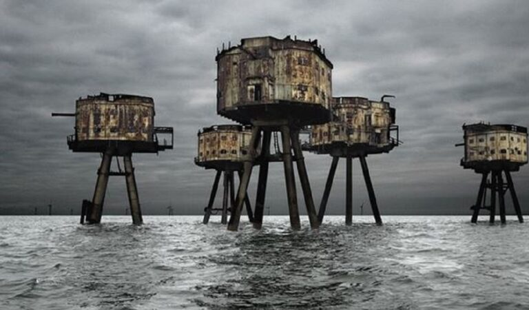 10 Siti militari abbandonati: sembrano più intimidatori di quelli esistenti