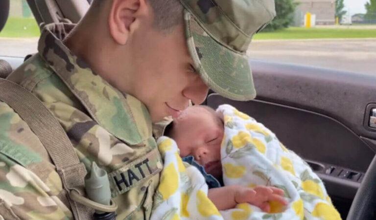 Il soldato rincontra la figlia dopo averla lasciata a 10 giorni; la reazione commovente diventa virale